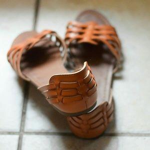 MOSSIMO Tan Sandals